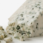 السعرات الحرارية في الجبن الازرق