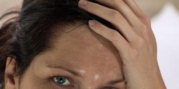 اسباب التعرق الزائد عند النساء