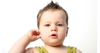 خيارات تعليم اللغة للأطفال الصم