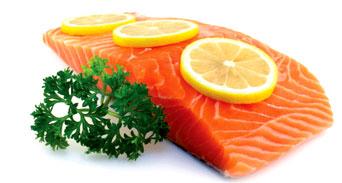 تناول السمك اليوم لتحافظ على بريق عينيك غداً