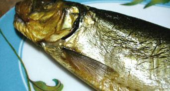 أسماك الفسيخ و المشاوه بين محبة الذواقين وتحذيرات الأطباء
