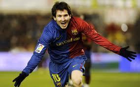 اللاعب الأرجنتيني ميسي معجب بطفل مسلم مشوّه الأطراف