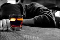 العلاقة بين تناول الكحول والإصابة بالسرطان وضعف الخصوبة
