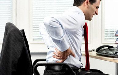 الجلوس أمام الكمبيوتر طويلاً قد يسبب مرض الكلى